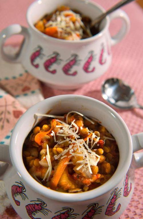 What a Crock!: Lentil Vegetable Soup brings comfort as days cool _lowres