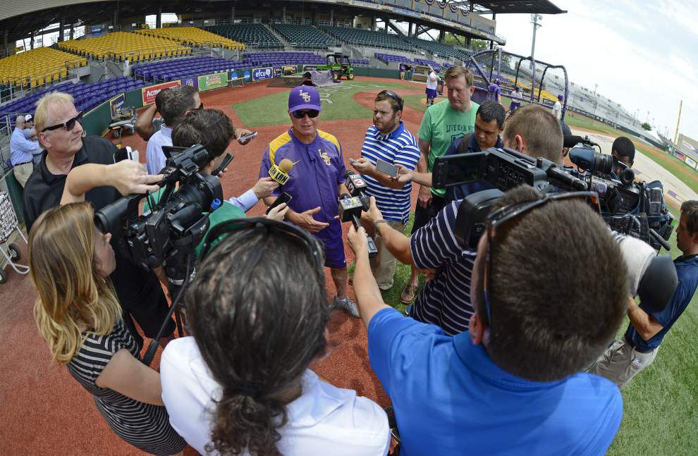 Still a Tiger: LSU's Mainieri nets raise, rebuffs potential offer from Longhorns _lowres