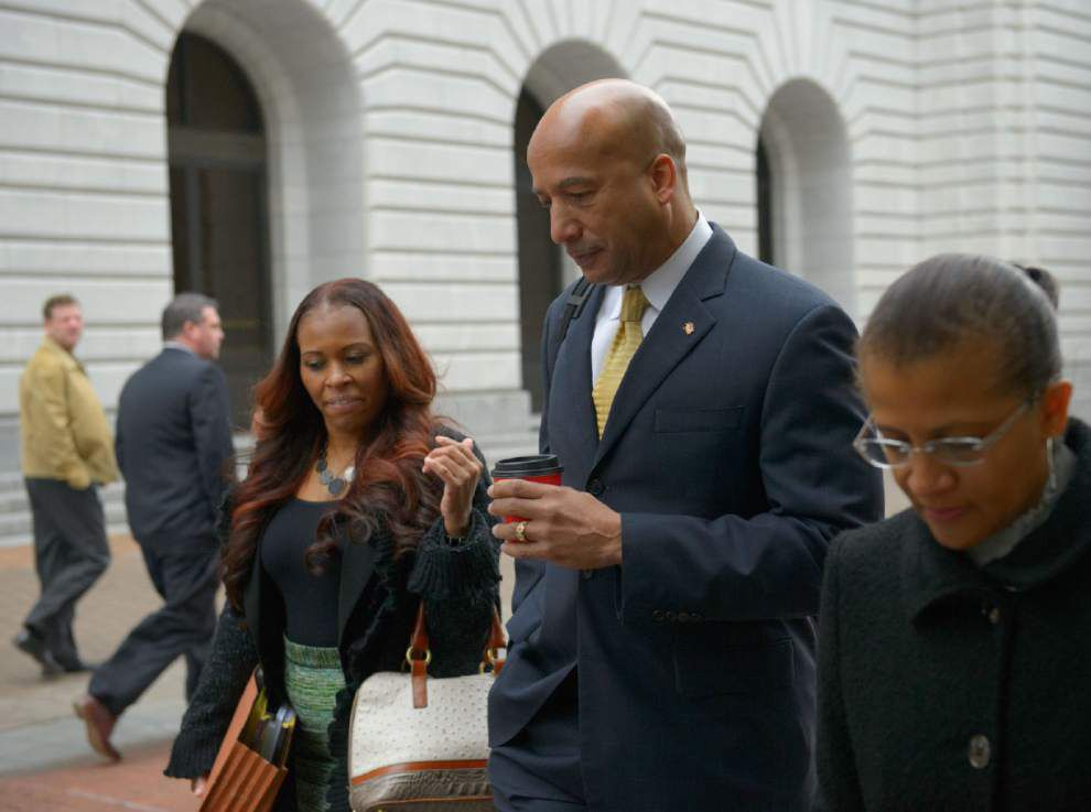 Nagin relaxed and confident under questioning by his attorney _lowres