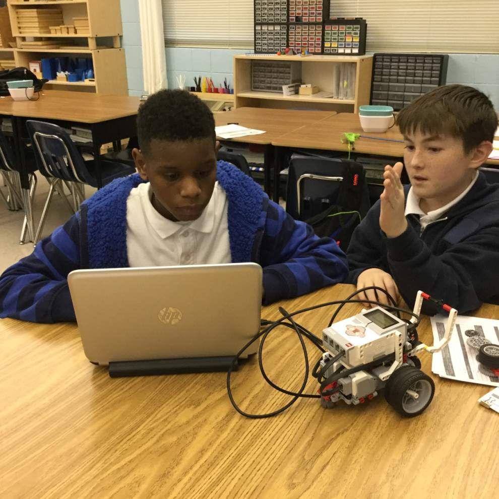 Hammond team participates in robotics program _lowres