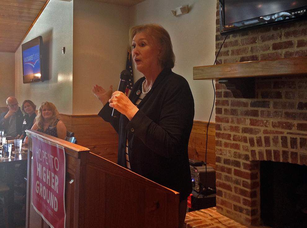 Janet Huckabee campaigning for husband in Louisiana _lowres