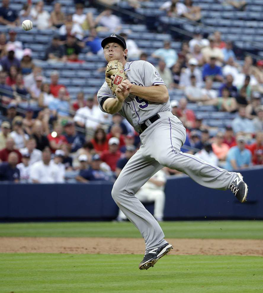 Former LSU player DJ LeMahieu one of six first-time Gold Glove winners _lowres