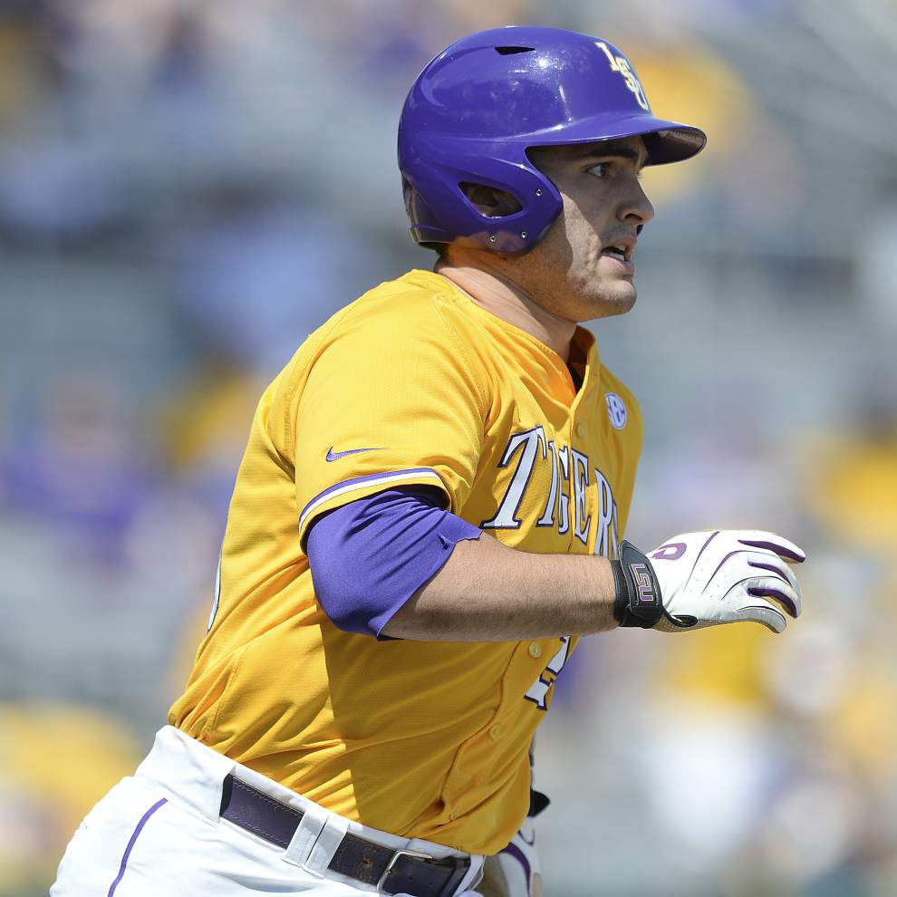 LSU first baseman Chris Chinea X-ray negative for fracture, would have played Sunday _lowres