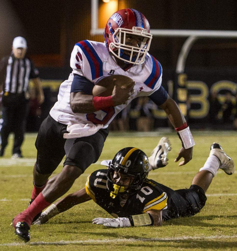 Parkview Baptist quarterback Reggie Hayes operates in faster gear than opposition _lowres