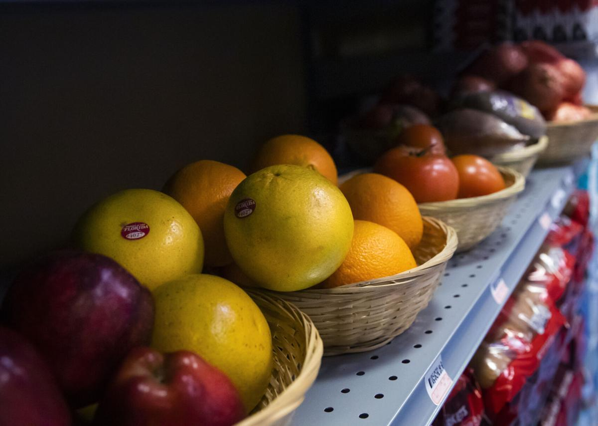 NO.grocery.031721.017.jpg