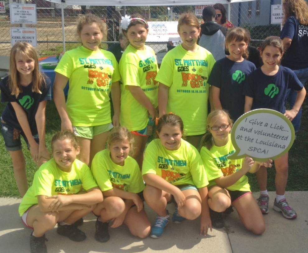 Girl Scouts complete leadership challenges _lowres