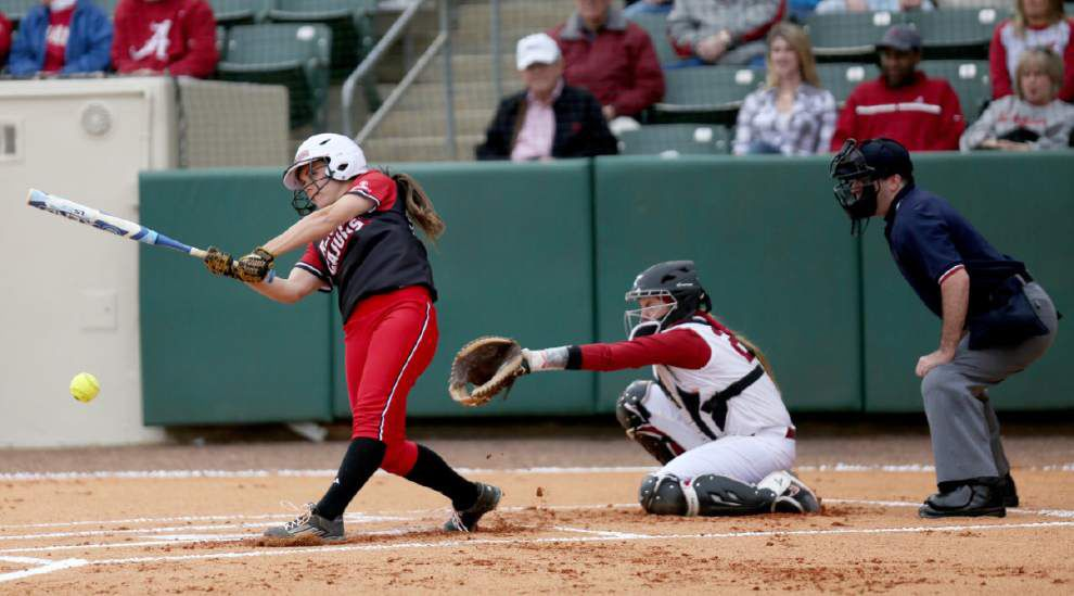 Ragin' Cajuns softball team drops series as Alabama wins finale 3-2 with seventh-inning rally _lowres