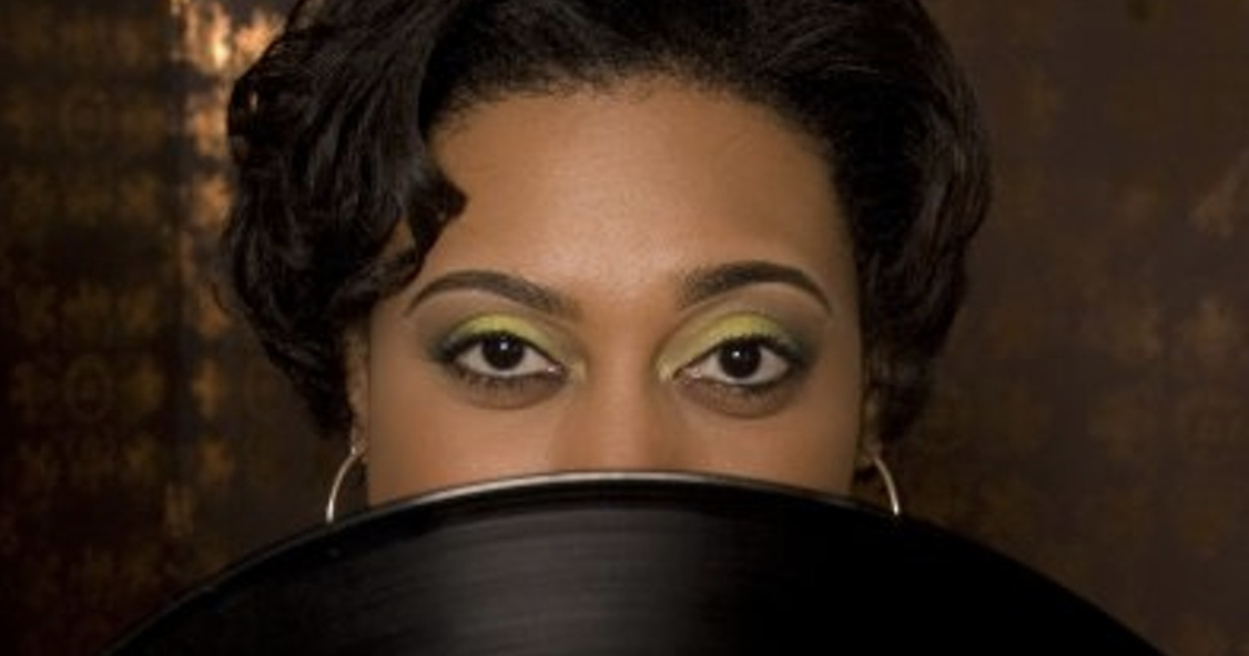 After 13 years, DJ Soul Sister closes out her weekly Saturday night dance party_lowres