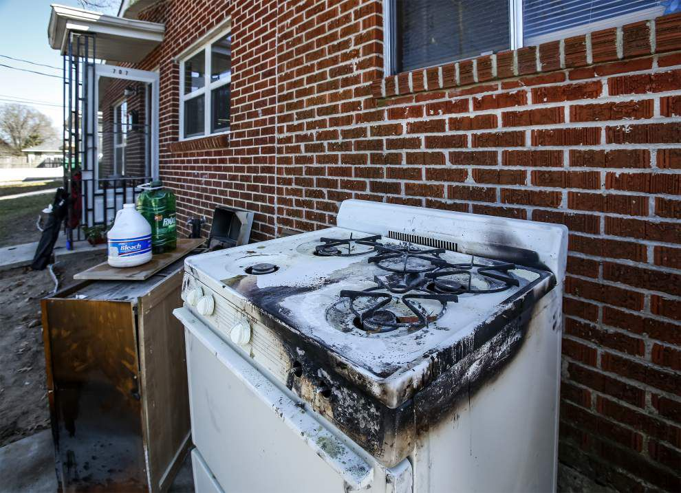 5-year-old girl saves her grandmother from burning home in Kenner _lowres