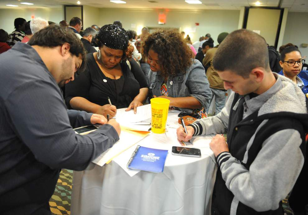 Hundreds crowd Lafayette hotel to interview for jobs at Ambassador Town Center _lowres