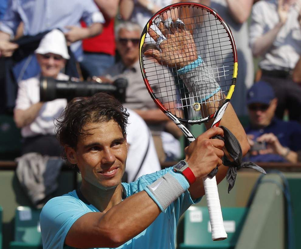 Back pain is Rafael Nadal's only match at the French Open _lowres