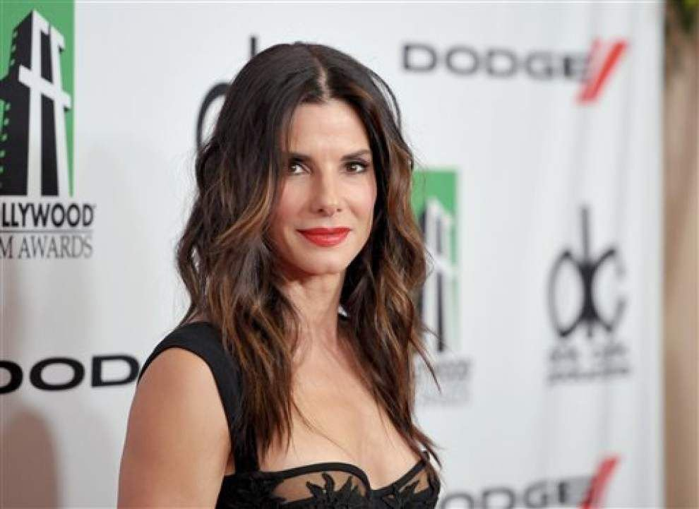 Bullock, 'Glee' poised for People's Choice Awards _lowres