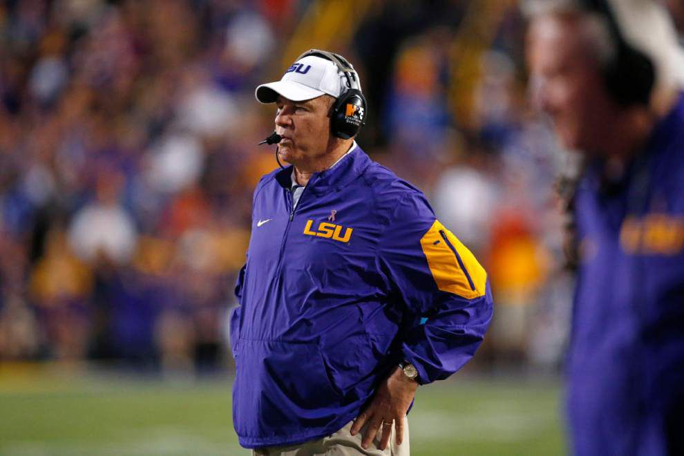 Wednesdays with Les: Miles expects LT Jerald Hawkins to start against Texas A&M _lowres