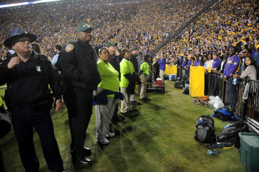 Report: LSU sophomore needs 4 staples in head after hit by flying object in student section _lowres