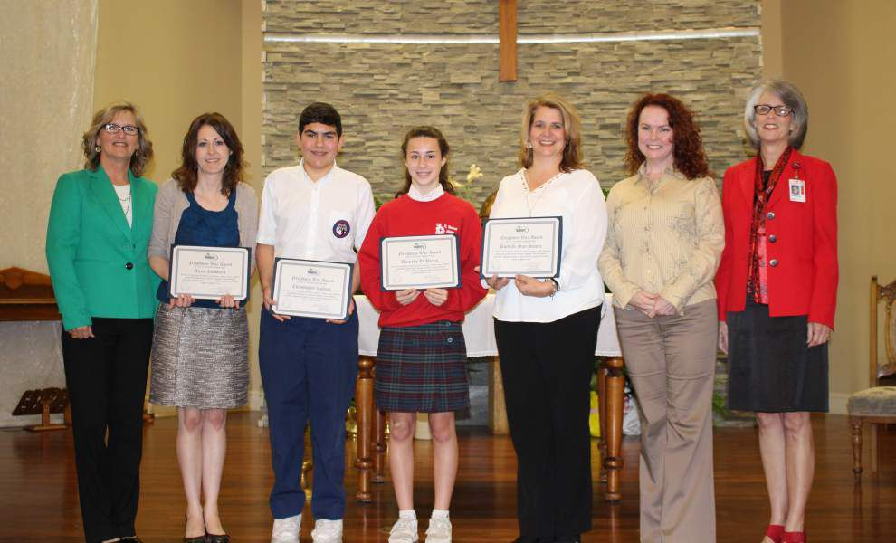 Credit union presents awards _lowres