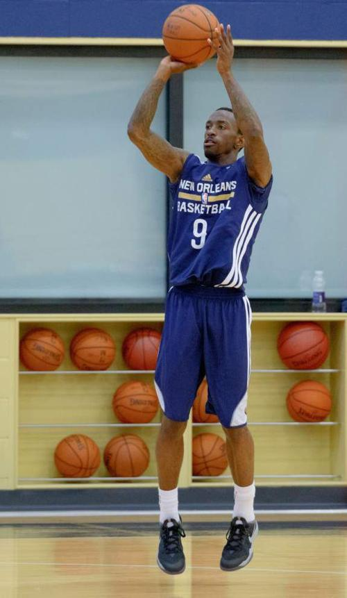 Pelicans get better look at Josh Howard, Patric Young in summer league _lowres