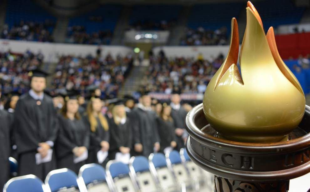 Louisiana Tech names fall quarter graduates _lowres