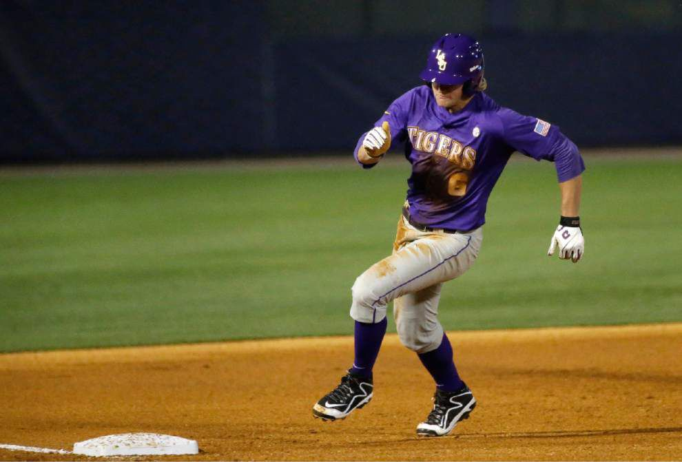 Photos: LSU bats heat up as Tigers pound Arkansas _lowres