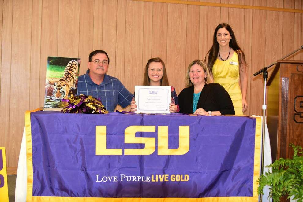 Springfield graduate wins scholarship _lowres