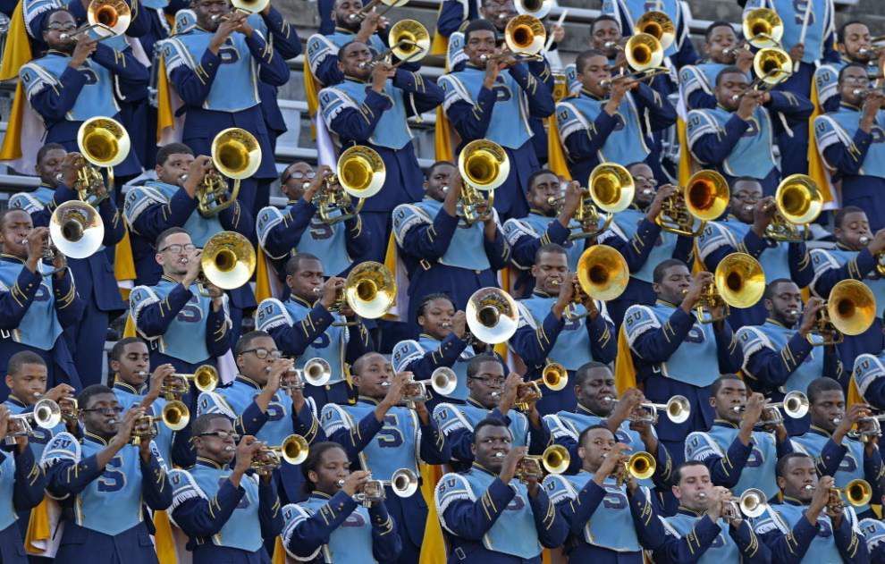 Smart move: Southern-Georgia contract reportedly requires Human Jukebox perform at halftime _lowres