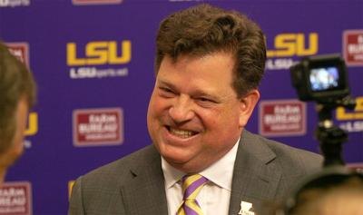 Scott Woodward inks 6-year contract with LSU