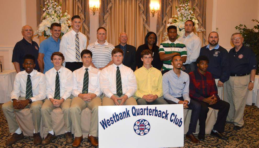 Westbank Quarterback Club honors high school athletes _lowres