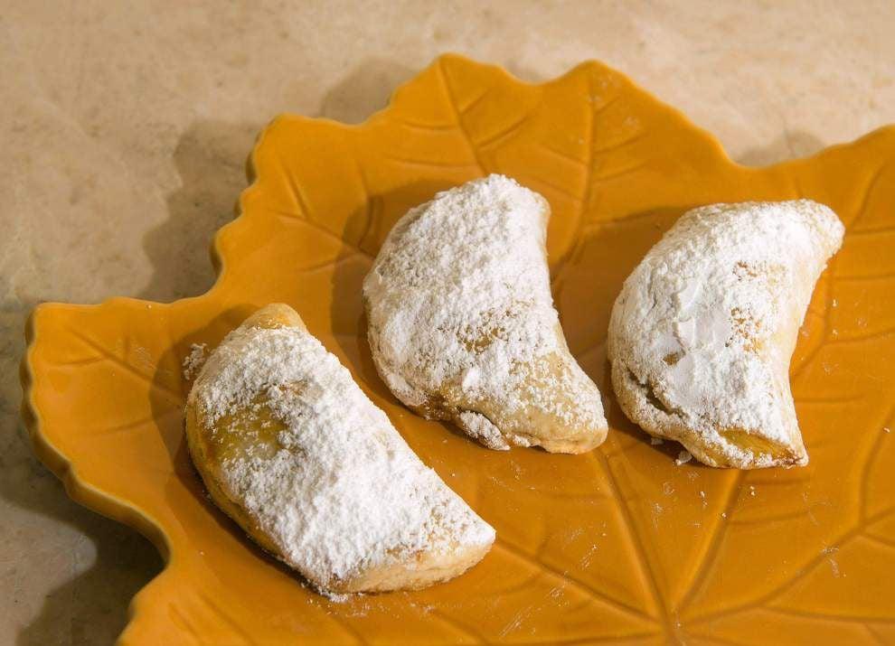 Travados (Jerusalem Cinnamon-Nut Cookies) _lowres