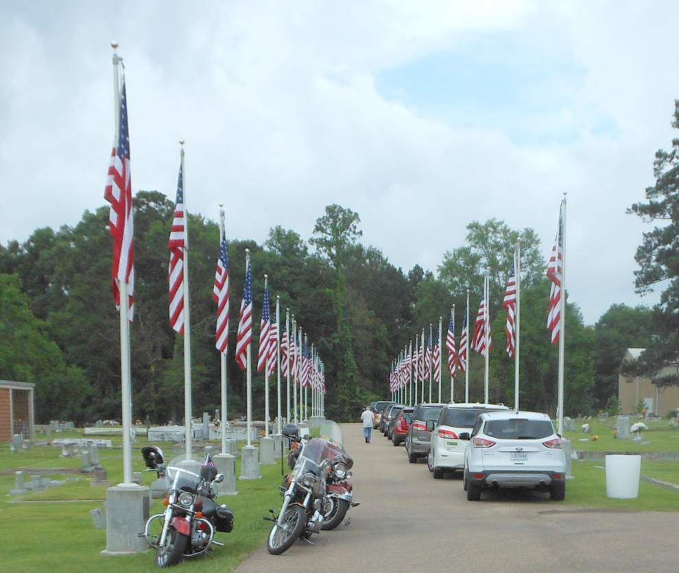Ponchatoula Cemetery gets memorial marking Vietnam _lowres