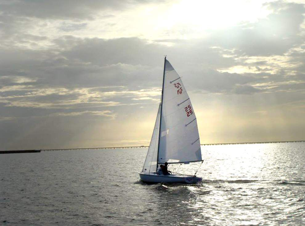 Sailing group offers Flying Scot lesson _lowres