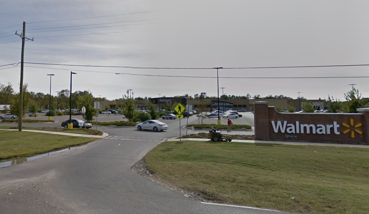 Shooting at Walmart in Baton Rouge: Initial report that
