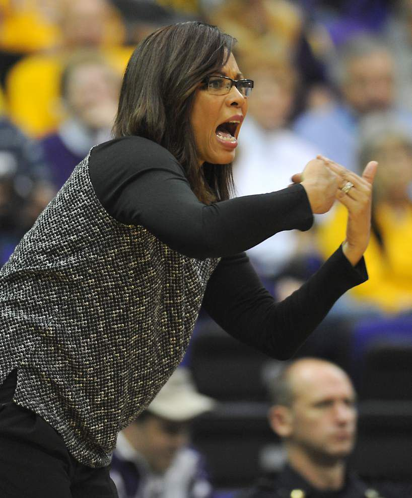 After breakthrough win, Lady Tigers try to keep building Sunday vs. No. 13 Texas A&M _lowres