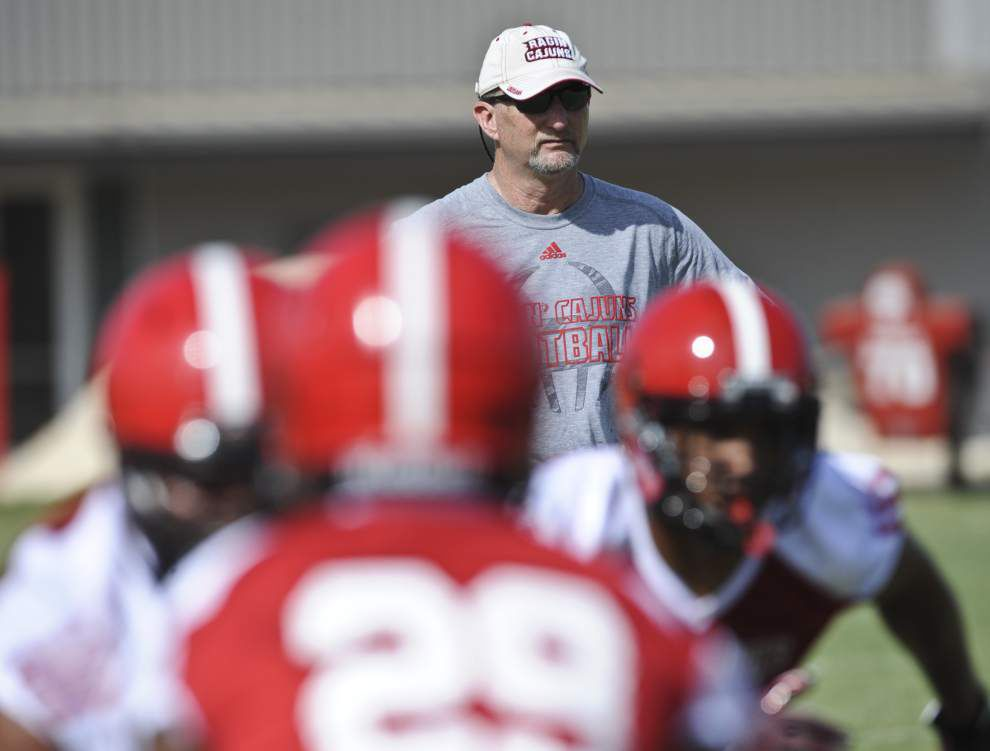 The Ragin' Cajuns open camp under a revamped defensive staff _lowres
