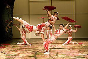 Chinese Acrobats and Folk Orchestra_lowres