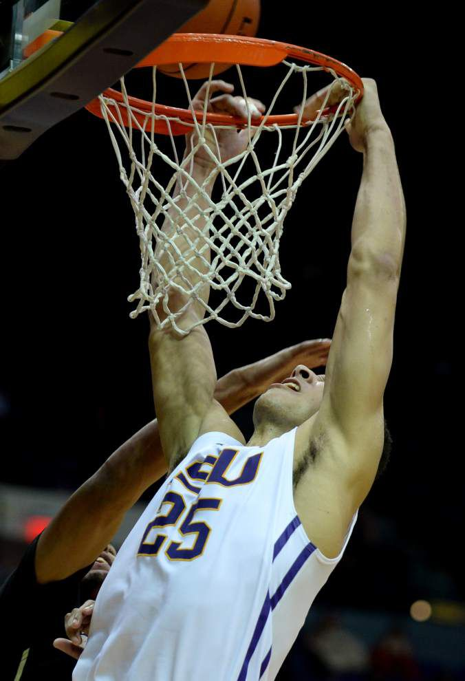 'We just played bad': Wake Forest hands LSU men's basketball team crushing fifth loss _lowres