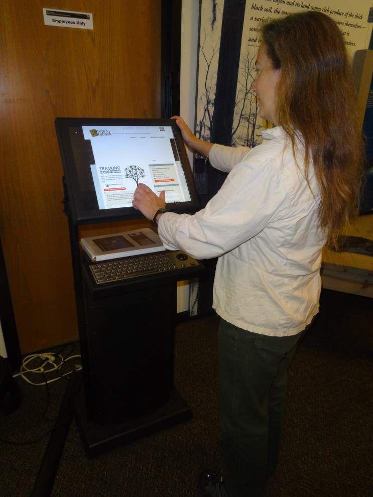 Barataria eBird kiosks help track flight on Migratory Bird Day _lowres