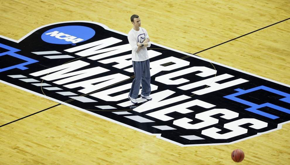 Live scores: Follow NCAA tournament's March Madness at work, on the go, or at school _lowres