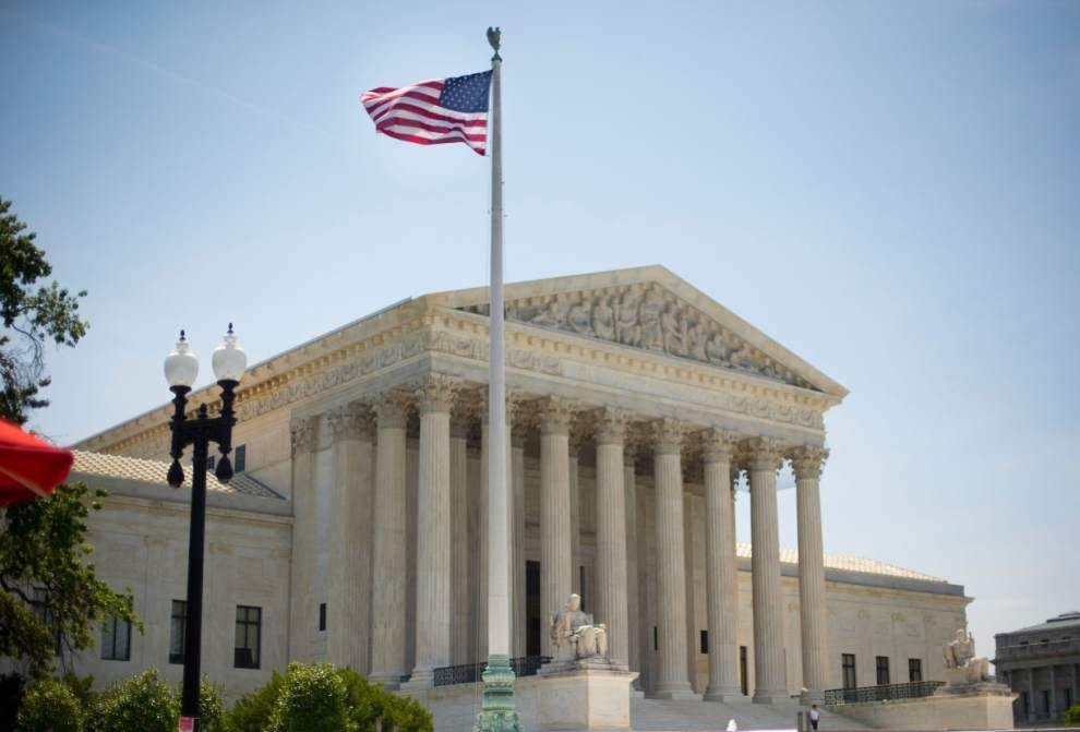 Court: Public union can't make nonmembers pay fees _lowres