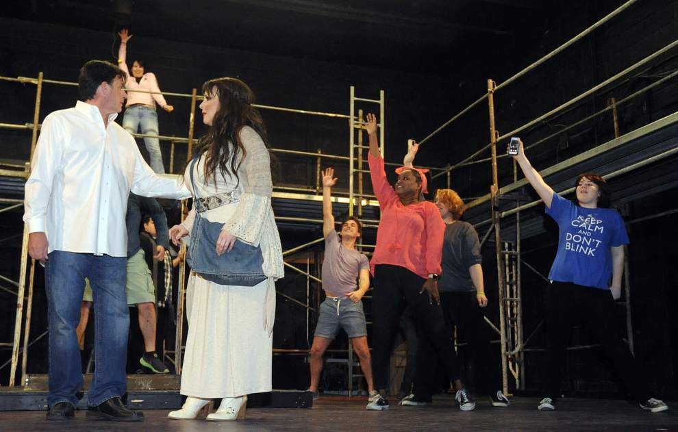 Selfies with the Savior? 'Jesus Christ Superstar' gets a reality update _lowres