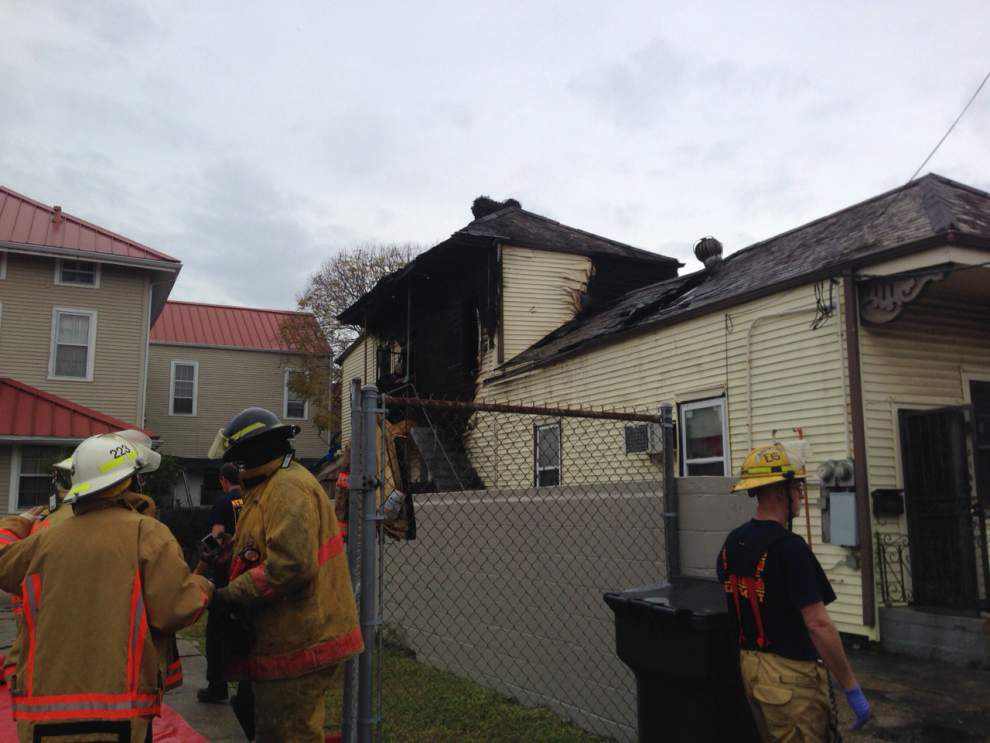 56-year-old man dies in fire at Uptown home Tuesday morning; sister escapes safely _lowres