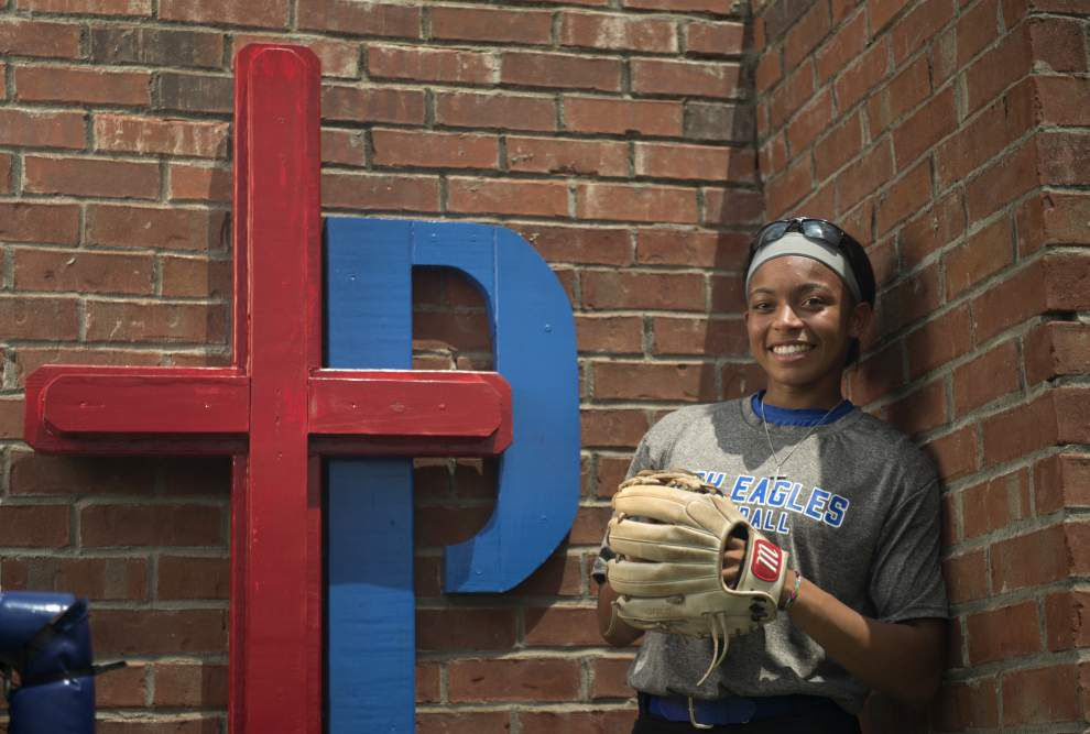 Parkview's Nicky Dawson has sights set on national softball records _lowres