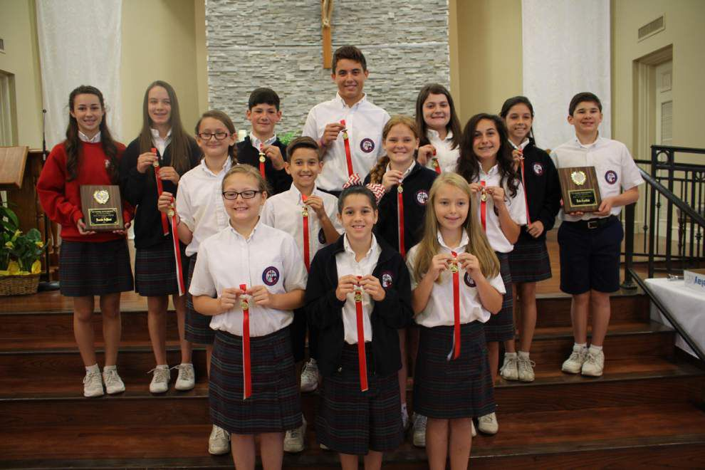 Local students win excellence awards _lowres