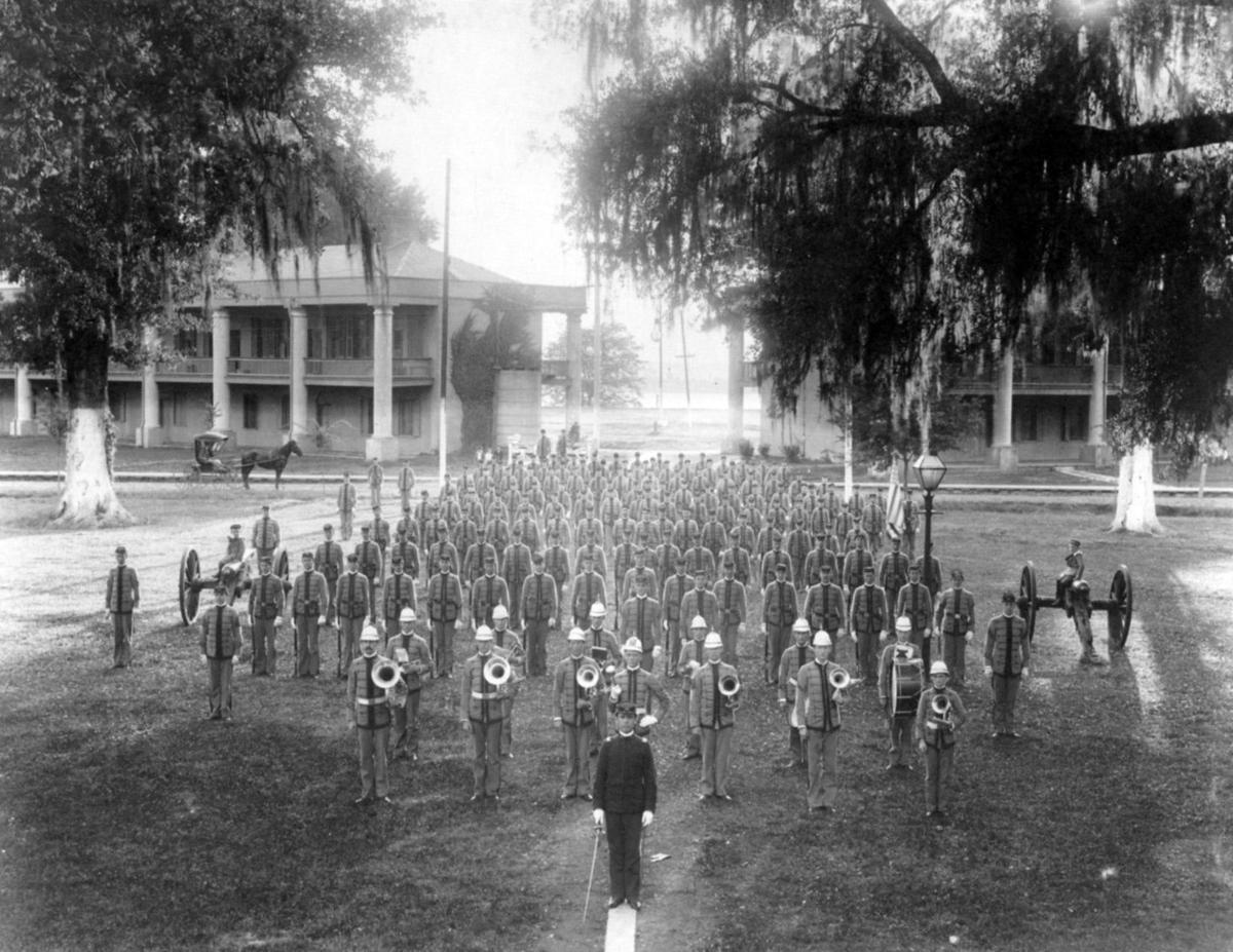 LSU_Band_1898