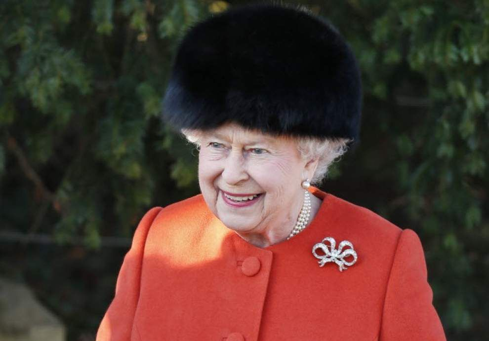 Chocolate castle, beetles among gifts to U.K. queen _lowres