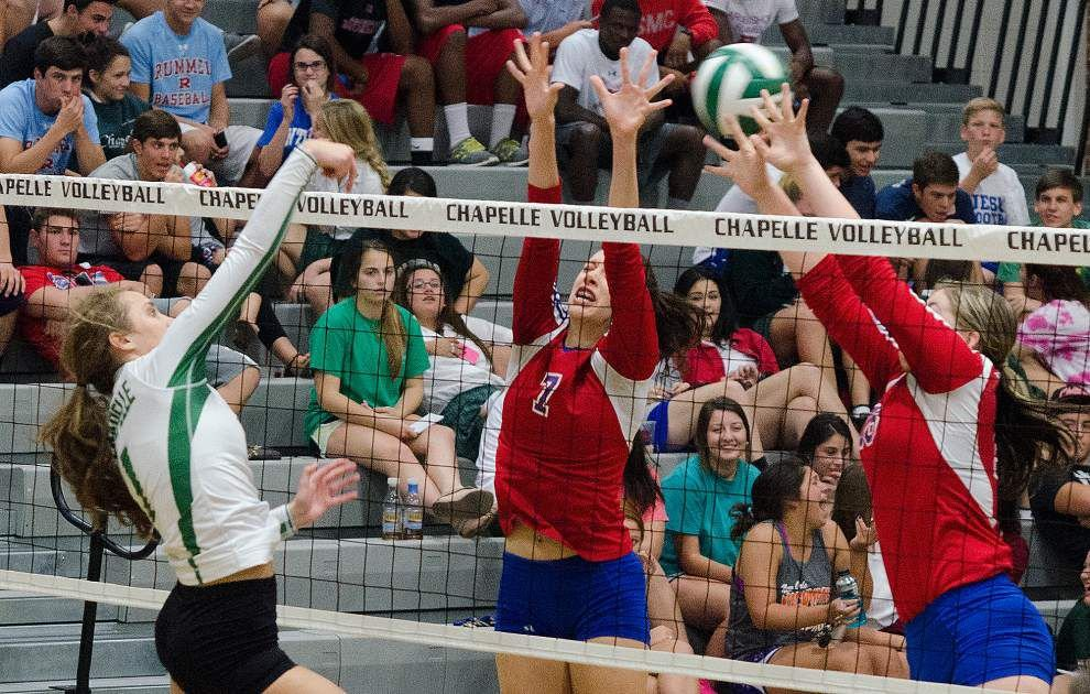 John Curtis remains unbeaten, tops Chapelle in five games _lowres