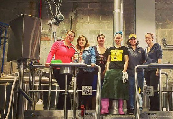 Beer buzz: Louisiana opens Pink Boots Society chapter_lowres