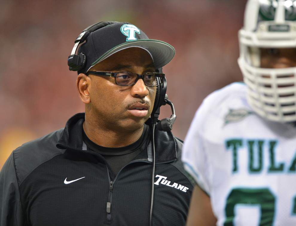 TULANE CAMP REPORT: Wave braves heat _lowres