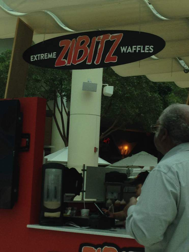 Review: Zibitz offers extreme waffle sandwich selections _lowres