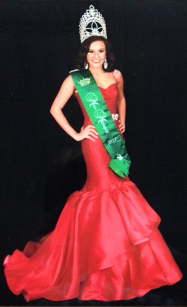 Maurepas High School holds annual pageant _lowres