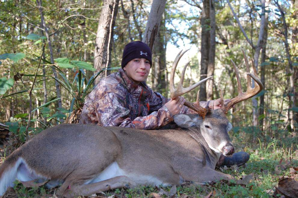 Patience pays off for young hunter Lance Yates _lowres