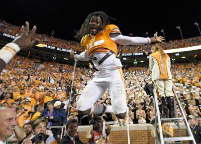 College football: Tennessee trounces Utah State _lowres